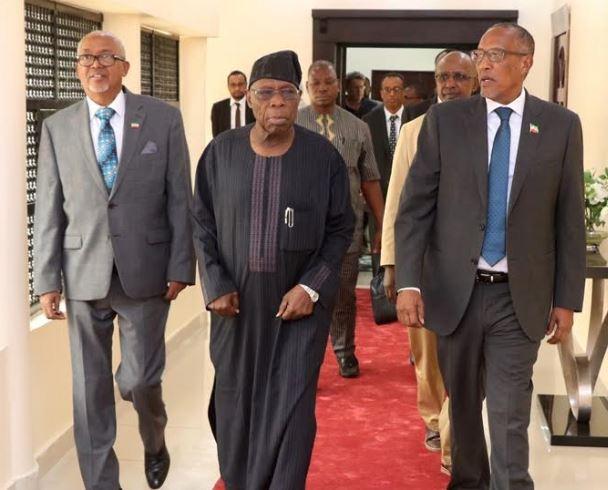 Updates: Madaxweynaha Somaliland Oo Qaabiley Madaxweynihii Hore Ee Nigeria