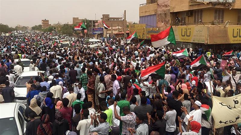 Sudan: Dibadbaxayaal Isa-soo Dhoobay Wadooyinka Oo Rasaas Loo Adeegsaday