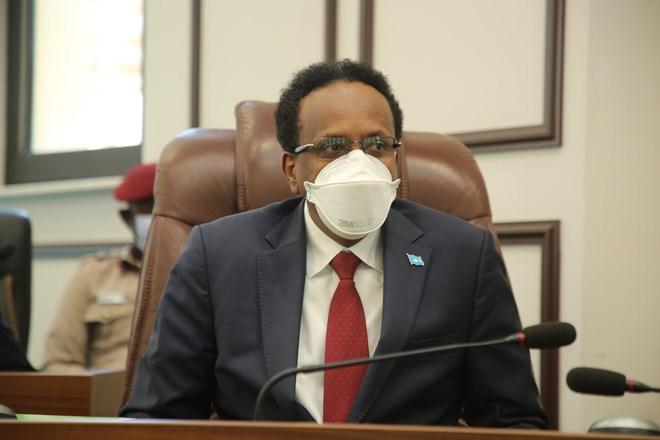 Kalfadhiga 7aad Ee Baarlamaanka Somalia Oo Buuq Hadheeyey Markii Madaxweyne Farmaajo Khudbada Bilaabay