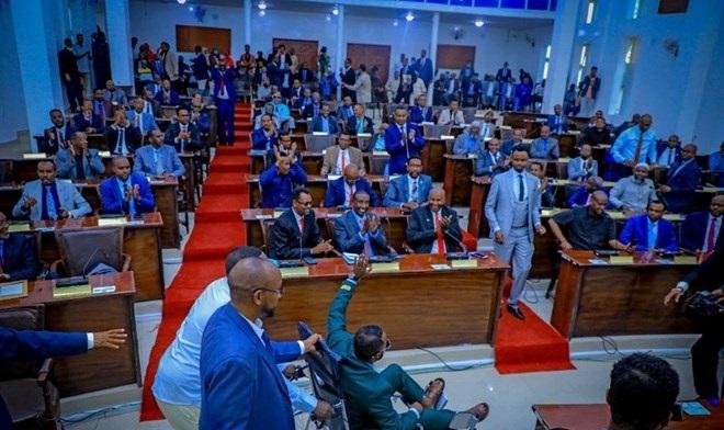 Golaha Wakiilada Somaliland Oo Cabdirisaaq Khaliif Axmed U Doortay Guddoomiye